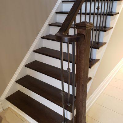 dustless-stairs-refinishing-white-risers-dark-brown-treads