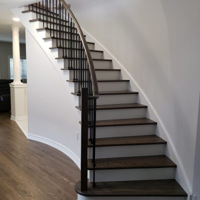 light-brown-stairs-refinishing-richmod-hill
