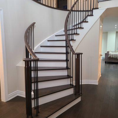 modern-stairs-refinishing-vaughan-thornhill